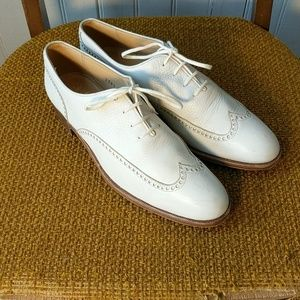 Gravati Neiman Marcus white wingtip oxfords 8.5 N